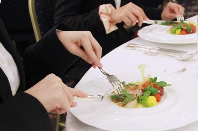 テーブルマナー③